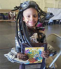 Cancer patient Devin at Comic Con